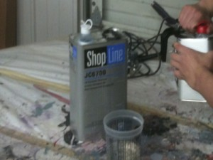 paint mixing.001 300x225 Spraying Painting Tips   How To Adjust A Spray Gun To Produce Professional Paint Job